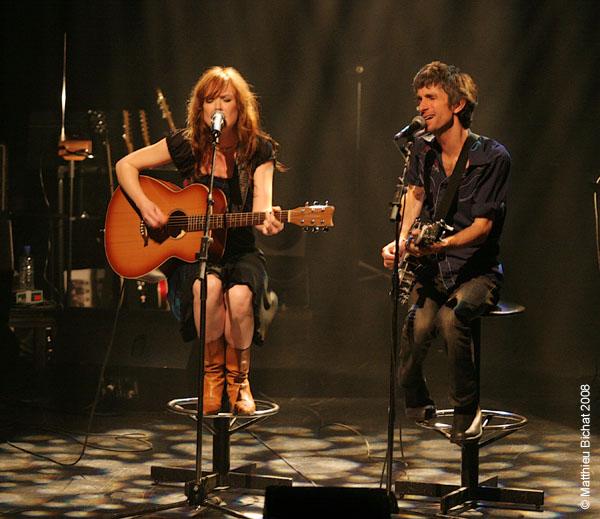 Mara Tremblay et Monsieur Mono. Spectacle -Pauline a la Page- en hommage a Pauline Julien, dans le cadre du 22eme Coup de Coeur Francophone, au Theatre Outremont de Montreal, le 8 novembre 2008.