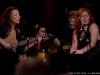 Bia et Coral Egan. Enregistrement des emissions STUDIO 12 du 7, 8 et 9 fevrier dans les locaux de Radio-Canada, le 5 fevrier 2009. Artiste principale Bia, invites Chic Gamine, Coral Egan et Thomas Hellman.