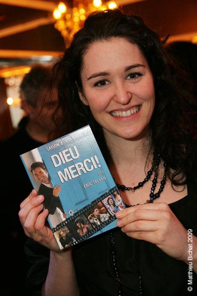 Tammy Verge (comediene maison). Lancement du DVD de la saison 1 de l emission DIEU MERCI au bar Le Confessionnal de Montreal, le 29 janvier 2009.