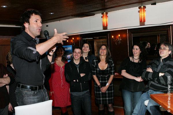 Eric Salvail et ses comediens maison. Lancement du DVD de la saison 1 de l emission DIEU MERCI au bar Le Confessionnal de Montreal, le 29 janvier 2009.