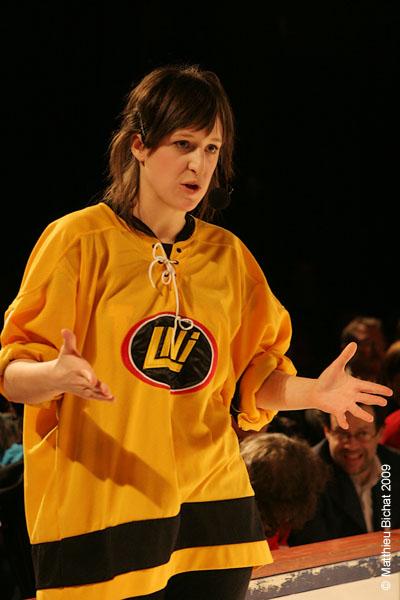 Anne-Elisabeth Bosse. Match 1 de la saison 2009 de la LNI opposant l equipe des Jaunes a l equipe des Rouges, au Petit Medley de Montreal, le 09 fevrier 2009.