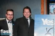 """Samuel Bergeron, Pierre Karl Péladeau lors de la première mondiale du documentaire """"YES"""" de Félix Rose et Eric Piccoli dans le cadre des Rendez-vous du cinéma québécois, au Cinéma Cineplex Odeon Quartier Latin, à Montréal, le vendredi 3 mars 2017."""