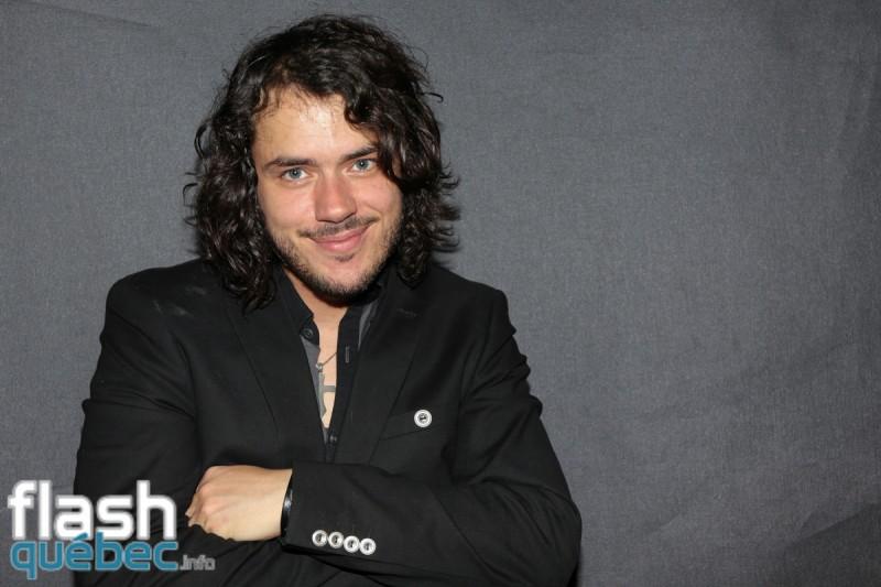 Mathieu Provençal lance son quatrième album Le toit du monde