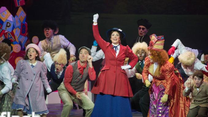 5 raisons de voir Mary Poppins pendant le temps des Fêtes