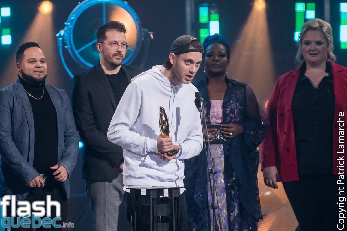 Album de l'année – Hip Hop Une année record, Loud (Gagnant)